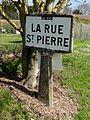 La Rue-Saint-Pierre (60), plaque Michelin, entrée ouest du village.jpg