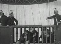 File:La police en l'an 2000 (1910) .webm
