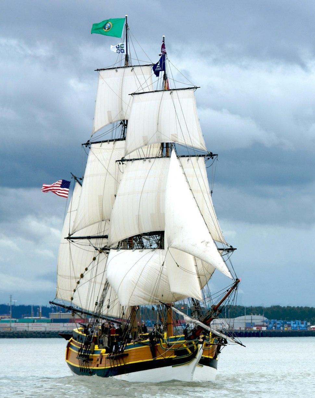Lady Washington Commencement Bay2