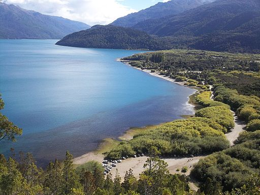 Lago Puelo . Chubut