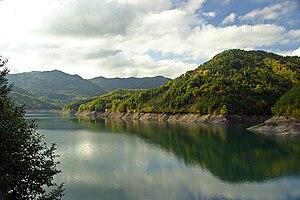 Lago del Brugneto - Image: Lago del Brugneto