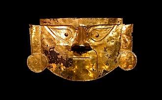 Brüning Museum - Lambayeque funerary gold mask in Brüning Museum