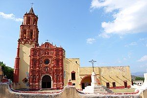 Landa de Matamoros - Church in Landa