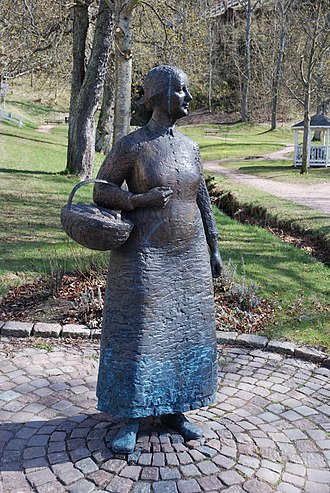 Polkagris - Lena Lervik: Amalia Eriksson - the mother of the polkagris. This statue is located in Gränna, Sweden.