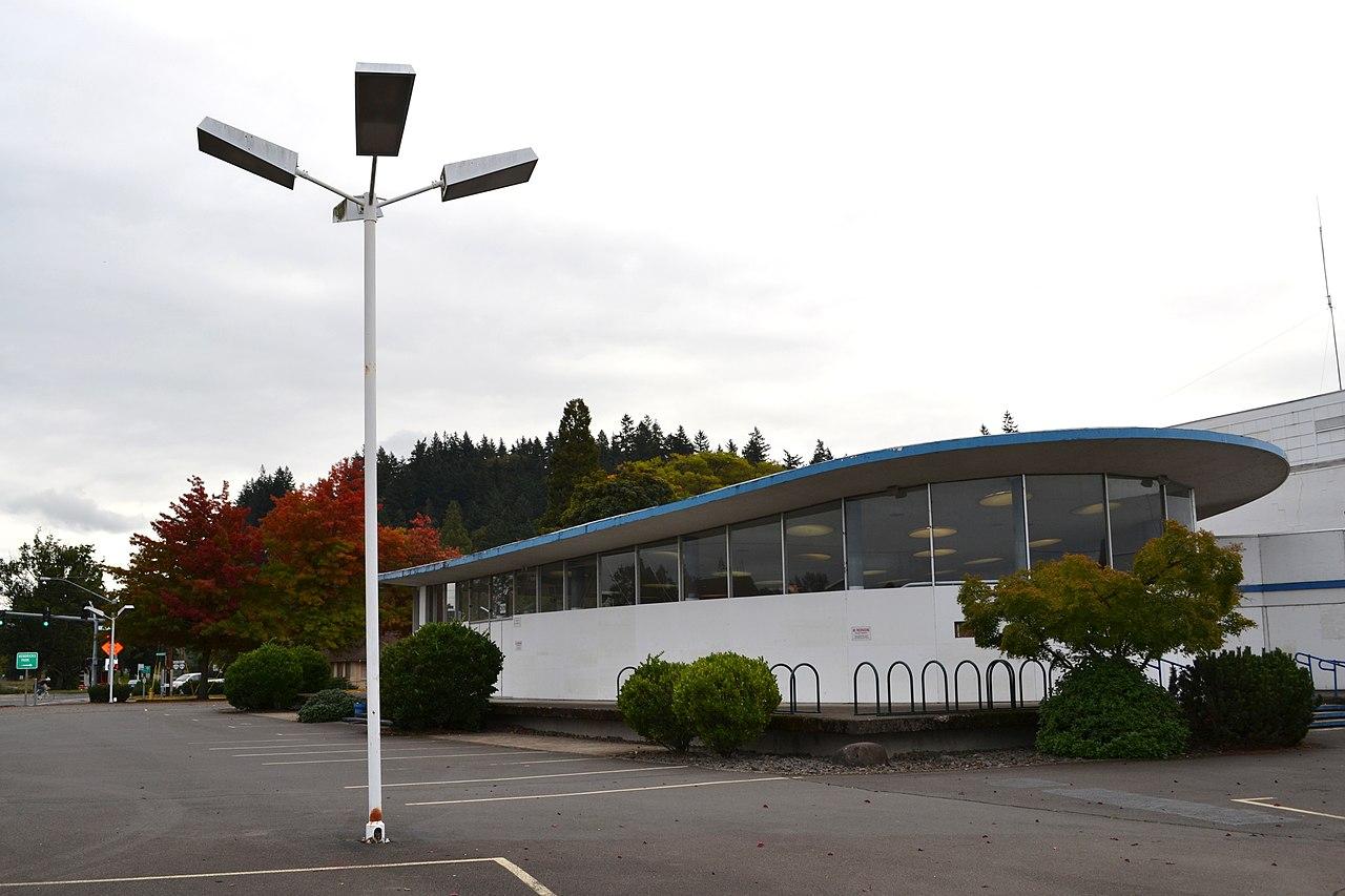 File Lew Williams Chevrolet Dealership Eugene Oregon Jpg Wikipedia