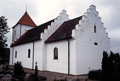 So kommt man zu Linnerup Kirke mit den Öffentlichen - Mehr zum Ort Hier
