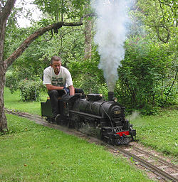 Backyard Railroad Locomotives live steam - wikipedia