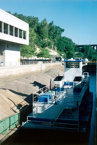 Lock and Dam No. 1 - Image: Lock and Dam number 1 with towboat
