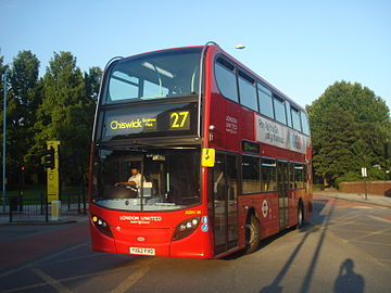 London United ADH30 on Route 27, Gunnersbury.jpg