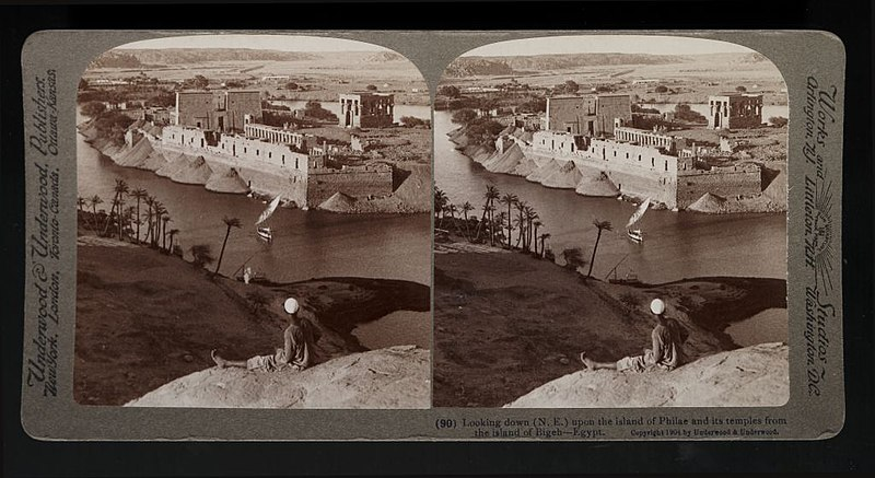 File:Loooking down (N.E.) upon the isLand of Philae and its temples from the isLand of Bigeh--Egypt. (90) (1904) - front - TIMEA.jpg
