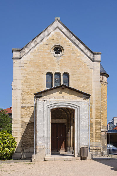 Fichier:Lycee Michelet Vanves chapelle.jpg