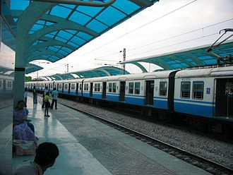 Hyderabad Multi-Modal Transport System - MMTS at Necklace road