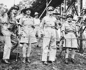 Edmund Herring - Herring (second from left) in Papua with General Douglas MacArthur (centre) and Major General Arthur Samuel Allen (right)