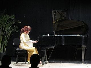 Neecia Majolly indian musician