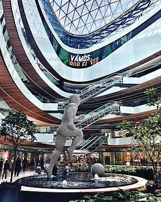 Manacar - Interior of the mall area