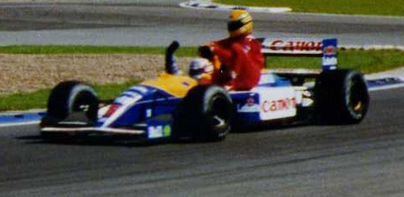 Ficheiro:Mansell and Senna at Silverstone ultra cropped.jpg
