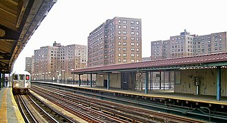 Marble Hill, Manhattan - Marble Hill–225th Street subway station
