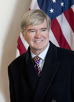 Mark Emmert at the United States Coast Guard Academy, February 2014 (cropped).jpg