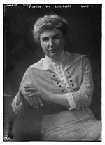 Martha Van Rensselaer in 1918.jpg