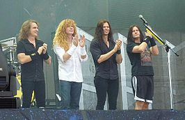 Van links naar rechts: David Ellefson, Dave Mustaine, Chris Broderick & Shawn Drover.