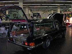 Mercedes-Benz 280 SE Leichenwagen schlecht hr