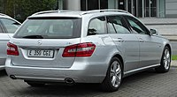 Mercedes E 350 CDI BlueEFFICIENCY T-Modell Avantgarde (S212) rear 20100612.jpg