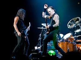 James Hetfield e Kirk Hammett in concerto a Londra nel 2008