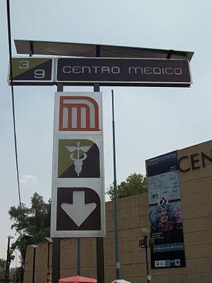 Metro Centro Médico - The station sign.