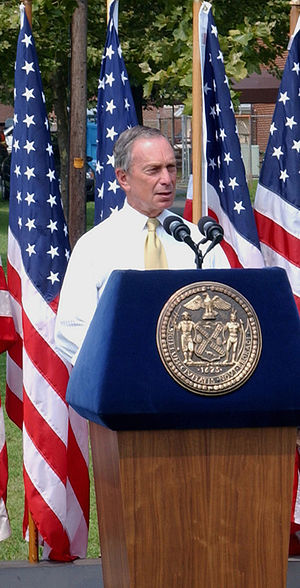 Mayoralty of Michael Bloomberg - Bloomberg giving a speech in August 2004.