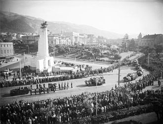 Wellington Cenotaph - Michael Joseph Savage's funeral procession next to the cenotaph in 1940.