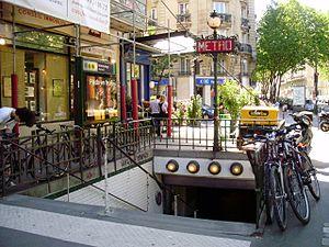 Michel-Ange – Auteuil (Paris Métro) - Image: Michel Ange Auteuil entrée métro
