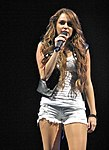 Miley Cyrus - Wonder World Tour 5.jpg