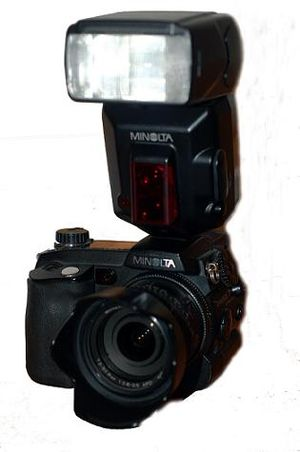 Minolta Dimage 7 series - Minolta 7Hi with 5600HS(D) flash