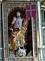 Mondsee Kirche Hochaltar - Auferstandener Christus.jpg