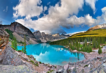 Moraine Lake in Banff National Park Moraine Lake.jpg