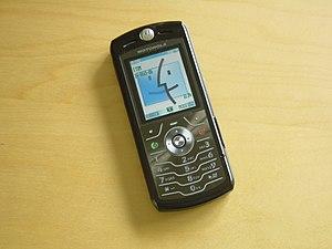 Motorola Slvr - Motorola Slvr L7 running iTunes