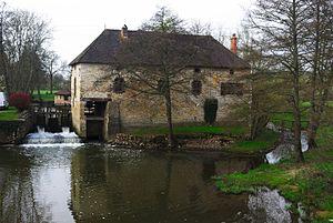 Salornay-sur-Guye - Mill