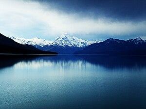 Mount Cook veiwed over Lake Pukaki