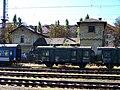 Nádraží Praha-Vršovice, provozní budova čp. 305, ze 3. nástupiště.jpg