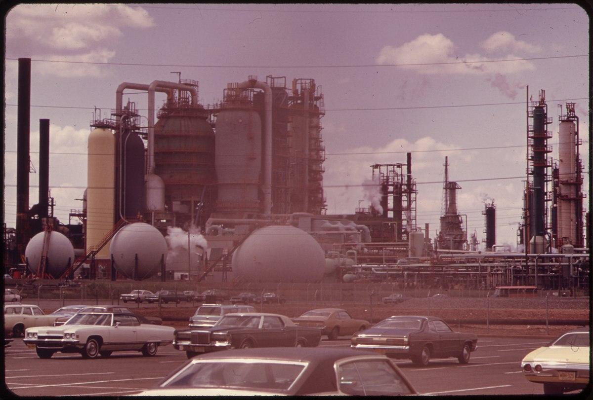 Bayway Refinery - Wikipedia