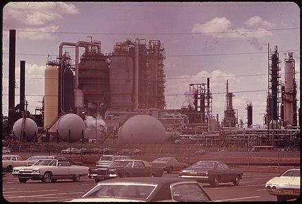 Bayway Refinery - WikiMili, The Free Encyclopedia