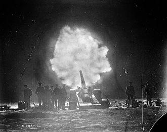 BL 6-inch Mk VII naval gun - Image: Naval gun firing over Vimy Ridge