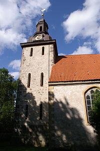 Nehringen Kirche Turm Suedseite.jpg