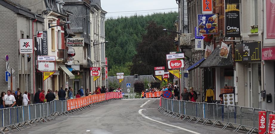 Neufchâteau - Tour de Wallonie, étape 3, 28 juillet 2014, arrivée (C07).JPG