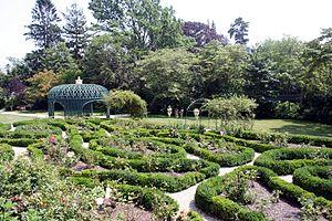 Rotch–Jones–Duff House and Garden Museum - The garden