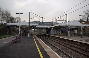 New Southgate railway station - Image: New Southgate railway station MMB 08