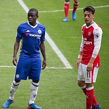 74f80a397 Midfielders N Golo Kanté and Mesut Özil at Stamford Bridge