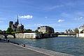 Notre-Dame and Pont Saint-Louis, Paris 13 April 2015.jpg