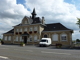 Novy-Chevrières Commune in Grand Est, France