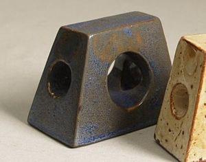 Cris Agterberg - Object in asymmetric trapezoïde shape, 1940-50.